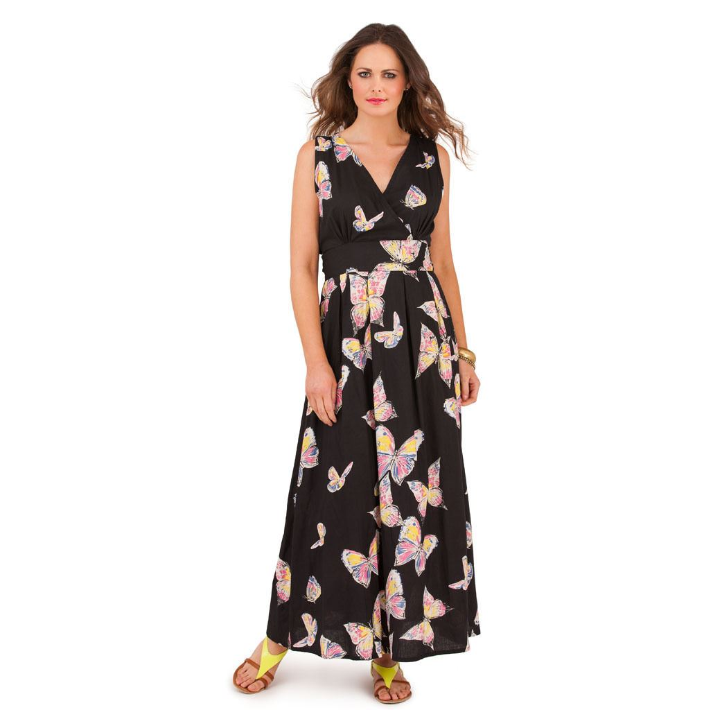 Maxi Dresses for Maximum Style. Maxi dresses are the perfect addition to any fall wardrobe. Wear the latest in women's maxi dresses to brighten the long autumn days and bring that stylish look to every day. Pick up a floral design and add a jean jacket for a cheerful vibe.