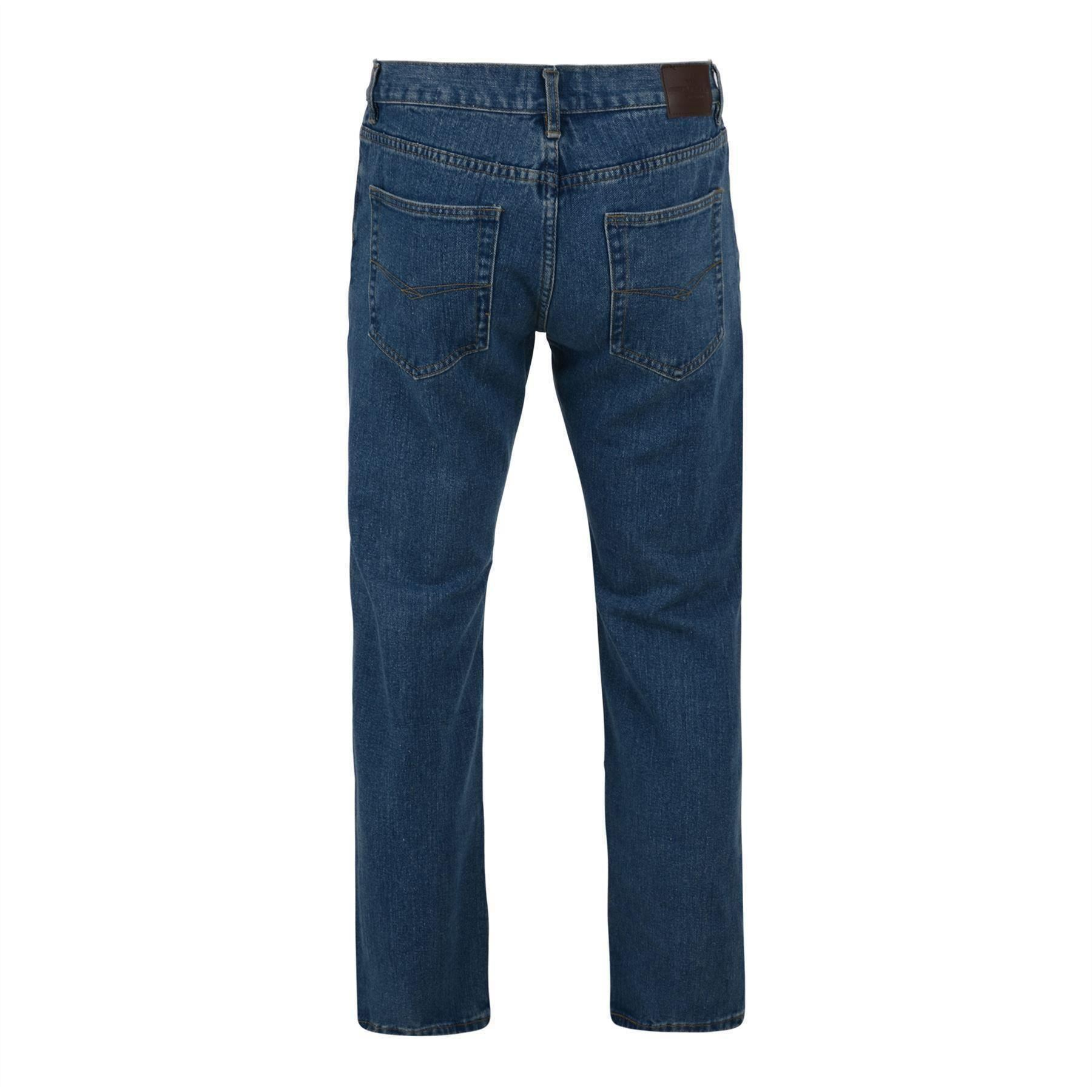 Take the Wrangler style you love with you to work. Original fit jeans featuring authentic five pocket styling. Prewashed cotton denim for comfortable feel and fit. It is HFPA compliant and ATPV calories/cm2.