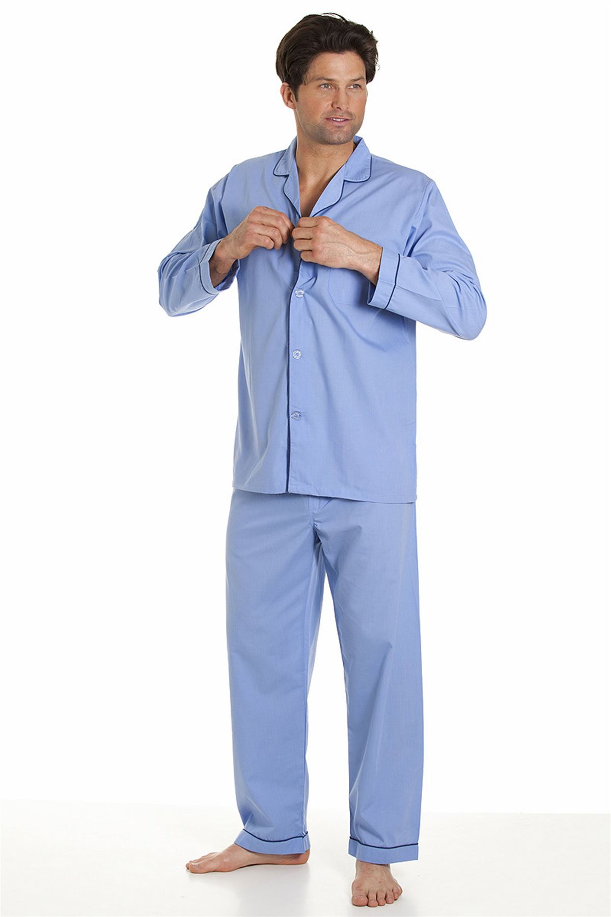 Men's Pajamas & Robes Belk carries a wide variety of men's pajamas, robes and sleepwear for all your loungewear needs. Shop for flannel pajama pants, lounge shorts, plush robes and more to find a cozy style you'll want to wear all the time.