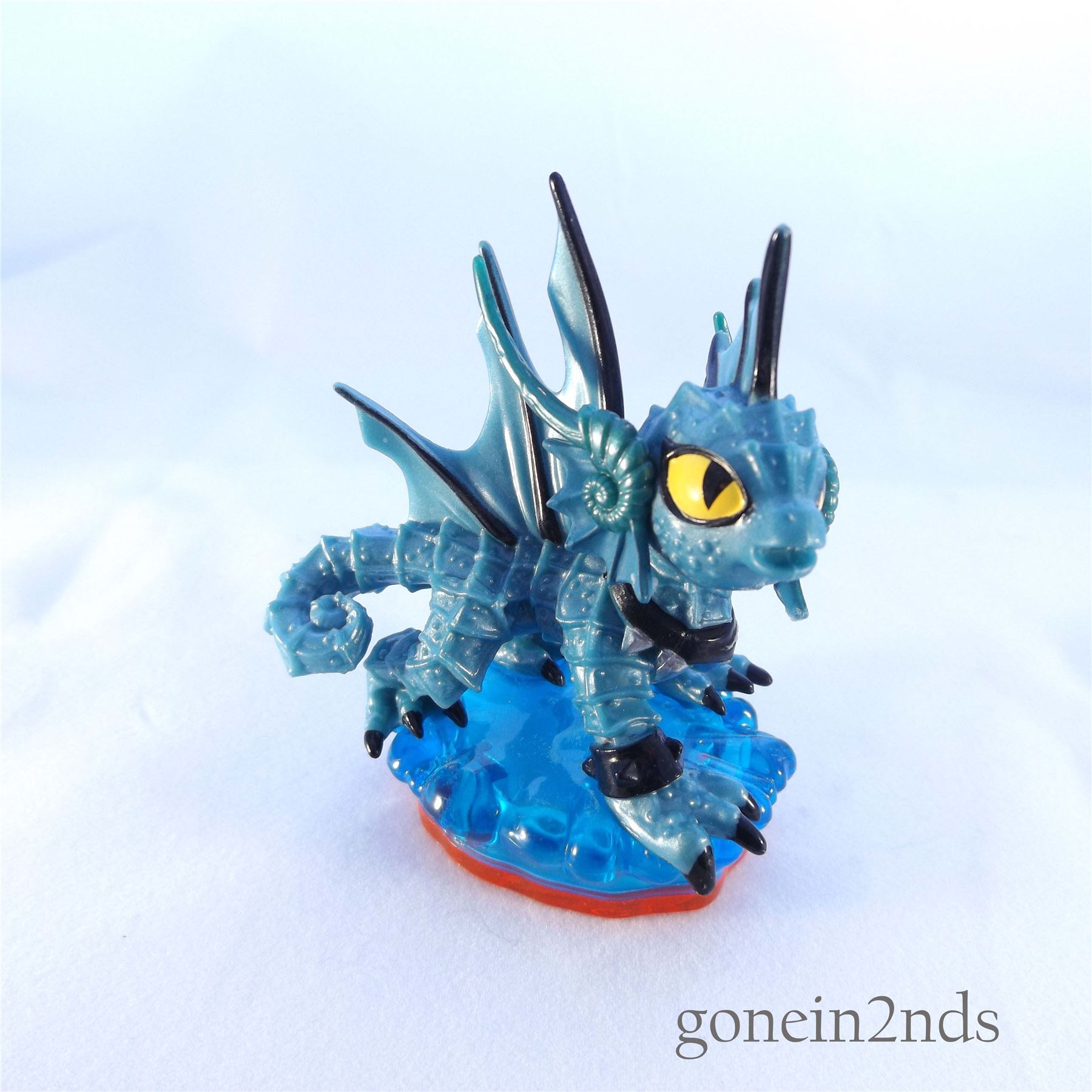 SKYLANDERS TRAP TEAM FIGURES **Compatible with ...