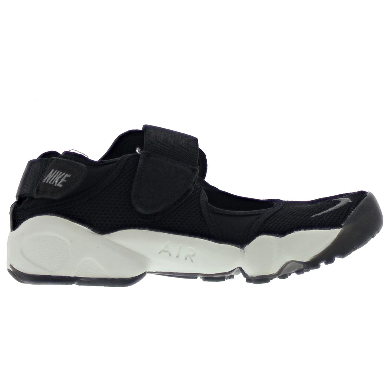 cf4dceae4d1422 Womens Nike Rift Size 9