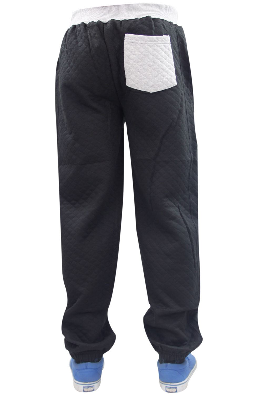 You will get a great level of comfort whilst still remaining cool and dry. We have great brands like Nike, Puma, Canterbury and adidas tracksuit bottoms available, so why not take a browse through. You'll also find track pants, sweatpants, official training pants from Chelsea, Liverpool, Man Utd, Arsenal, Tottenham Hotspur, Barcelona and more.