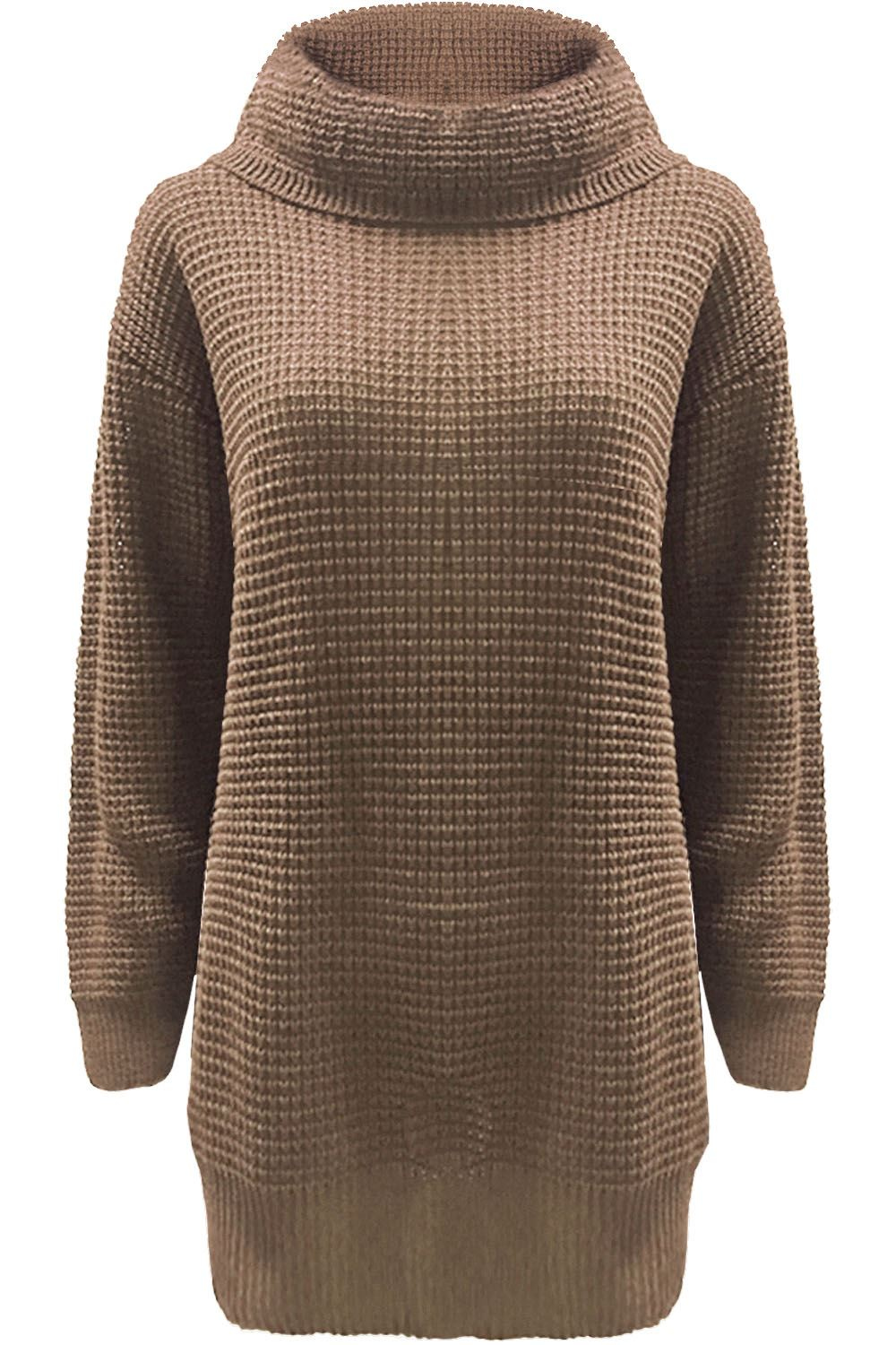 Perfect for any occasion, or season, our chic collection of women's knitwear deserves pride of place in your staple wardrobe. From chunky knit cardigans in longline and cropped styles to warm oversized knitted jumpers and cable knit jumpers to keep you cosy in the winter, find your favourites today.