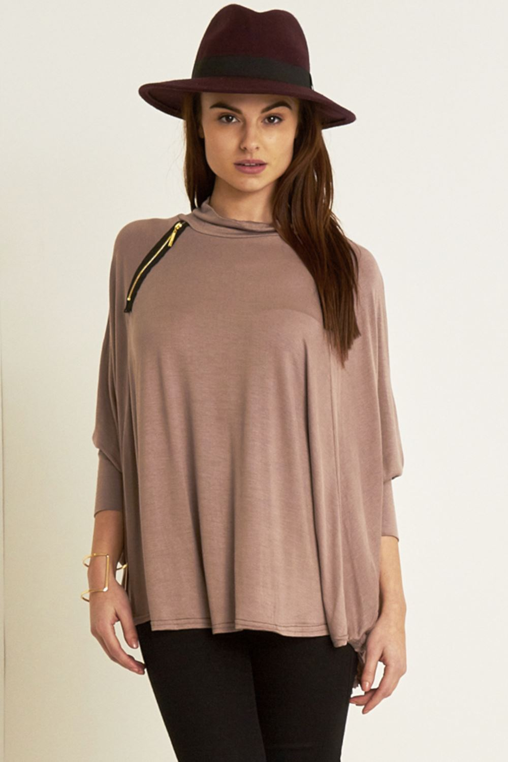 Find fashion tops, relaxed tees & dressy blouses in the latest boutique dirtyinstalzonevx6.gal, Home & More· New Events Every Day· Hurry, Limited Inventory· New Deals Every Day57,+ followers on Twitter.